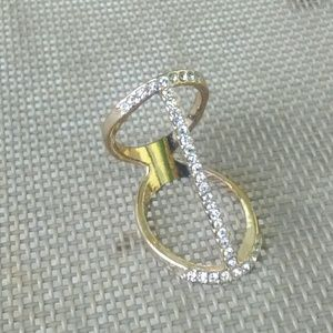 Jewelry - Gold Abstract Ring